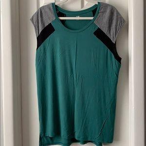 Mossimo green gray black high low top shirt XXL